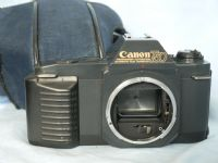 ' T50 NICE SET ' Canon T50 SLR Camera Cased  £12.99
